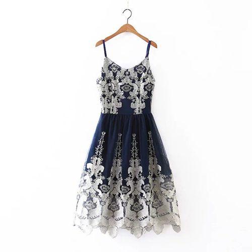 Изображение нарядное платье