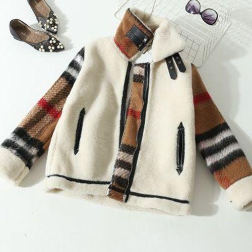 Изображение пальто из шерсти